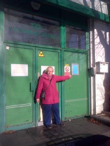 Cllr. Jill Whitehead at the entrance to 123 Westmead Road